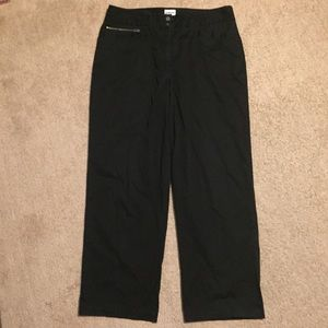 Chicos 2 Black Cropped Straight Leg Front Pockets